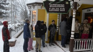 In the ski resort town Breckenridge, customers were waiting for the store to open at 08:00