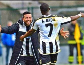 Wpid Emmanuel Agyemang Badu Celebrates His Strike With Team Mate