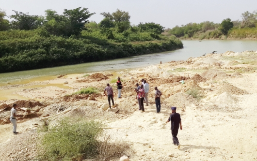 The black Volta River is being polluted by the chemicals used by the miners?