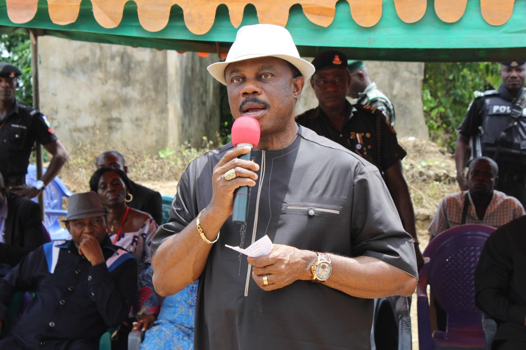 Governor Willie Obiano, expressing his condolences to the bereaved family and the entire Ochuche community.
