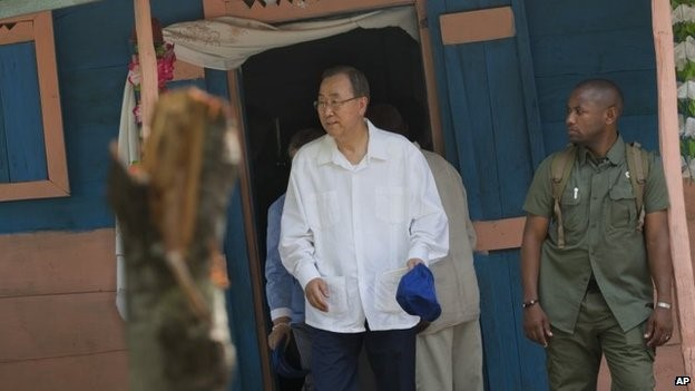 """Ban Ki-moon said an """"unacceptable number of people"""" were affected by cholera in Haiti ?"""