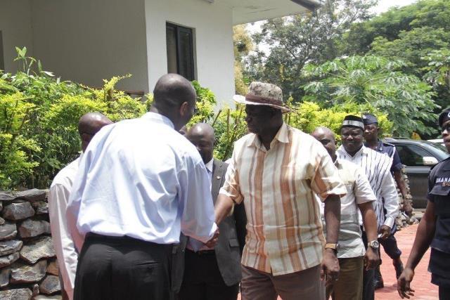 Mr Attakumah welcoming Dr Sarpong to Obuasi