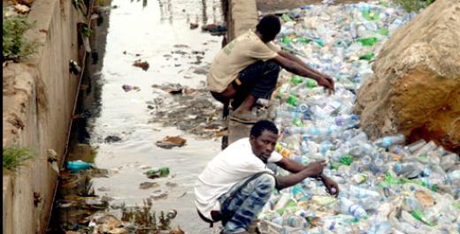 kenyan youths eradicate open defecation in nakuru slums