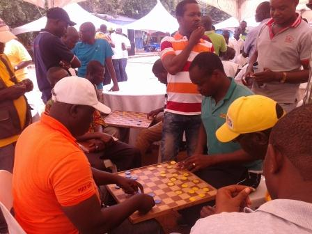 Picture of workers playing dame