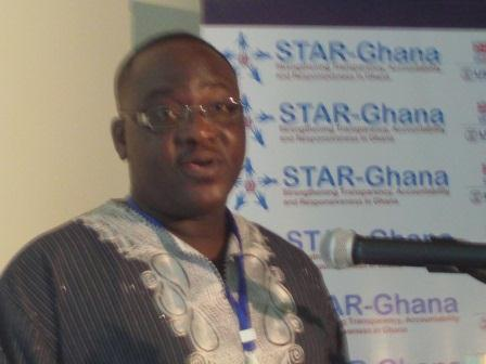 Mr Bernard Otabil, General Manager of Ghana News Agency addressing the participants.