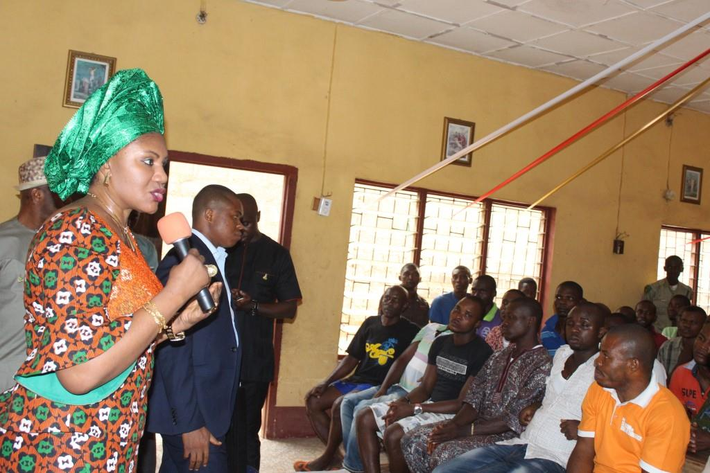 Wife of the Governor of Anambra State, Chief (Mrs.) Ebelechukwu Obiano, Wife of the Chairman of Awka North LGA, Princes Ngozi Ilo and other members of the entourage addressing the inmates at the Amawbia Prisons Anambra State.