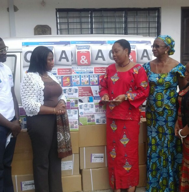 EPP donates books worth GH? 20, 000 00 to the Liberian