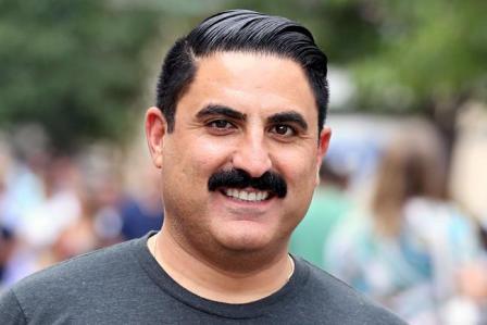 reza-farahan-mustache