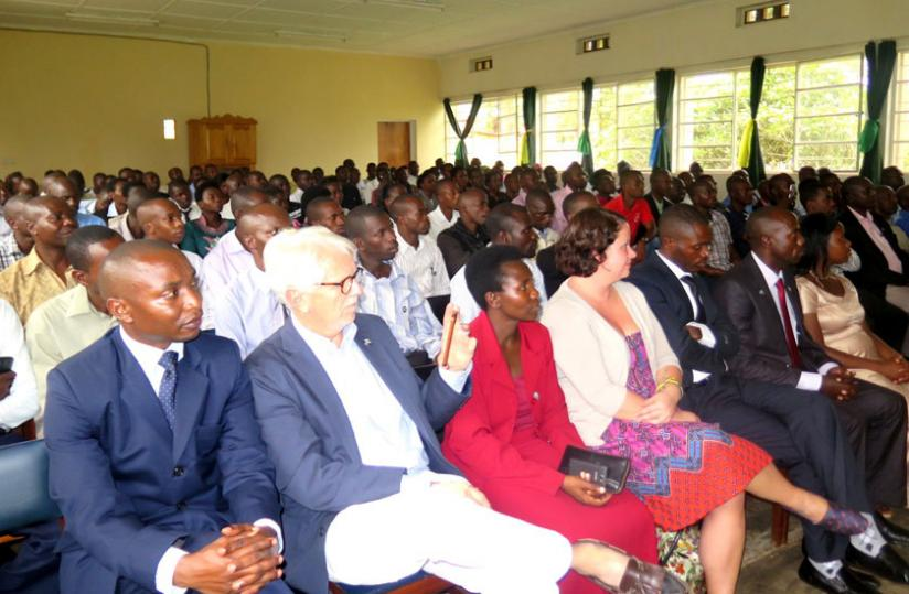 Rwandan teachers and Hartford English experts during the closing ceremony on Saturday. (Stephen Rwembeho)