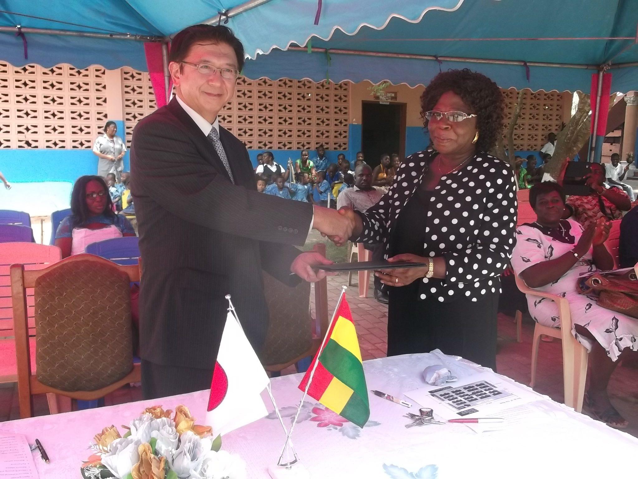 Mr Kaoru Yoshimura, Japanese Ambassador to Ghana and Mrs Mary Ethel Ekenlebie, Headmistress,