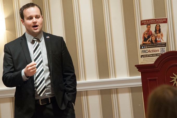 josh-duggar-molestation-scandal-lawyers