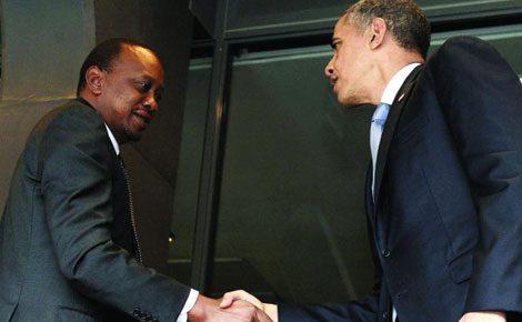 President Uhuru Kenyatta shakes hands with US president Barrack Obama