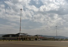 Photo taken on Aug. 28th, 2015 shows the terminal building of Kisumu International Airport in Kisumu, western Kenya, on Aug. 28th, 2015. The economy of Kenya's western region has experienced a dramatic revival following the modernization of Kisumu International Airport by a Chinese company. Located on the edge of Kenya's third largest city, the upgraded Kisumu International Airport is now a busy transport hub connecting the country to the wider eastern African region. (Xinhua/Sun Ruibo)