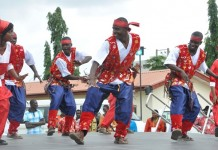 Kastina state cultural troupe performs during the 40th anniversary of Nigeria's National Council for Arts and Culture (NCAC) in Abuja, capital of Nigeria, Sept. 3, 2015. The celebration which was held here on Thursday was aimed at showcasing the economic value of Nigeria's cultural industries. (Xinhua/Dare Sholarin)