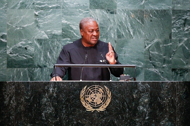Ghana's President John Dramani Mahama speaks at the Sustainable Development Summit at United Nations headquarters in New York on Sept. 27, 2015.(Xinhua/Li Muzi)