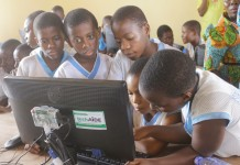 Students of New Standard School in Dansoman accessing EDUlLab