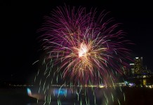 Fireworks are seen during the 2015 Winter Festival of Lights in Niagara Falls, Canada, Dec. 25, 2015. As one of the foremost illumination festivals in Canada, the 2015 Winter Festival of Lights, which runs from Nov. 21, 2015 to Jan. 31, 2016, attracts hundreds of thousands of people. (Xinhua/Zou Zheng)