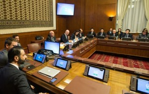 The United Nations Special Envoy for Syria, Staffan de Mistura (5th L) holds a meeting with representatives of Britain, China, France, Russia and United States, the five permanent members of the Security Council of United Nations, in Geneva, Switzerland, Jan. 13, 2016. Staffan de Mistura, said on Wednesday that he and his team will continue working hard to issue the invitations in order to ensure maximum inclusivity with a view to start the intra-Syrian peace talks in Geneva on Jan. 25. (Xinhua/Xu Jinquan)