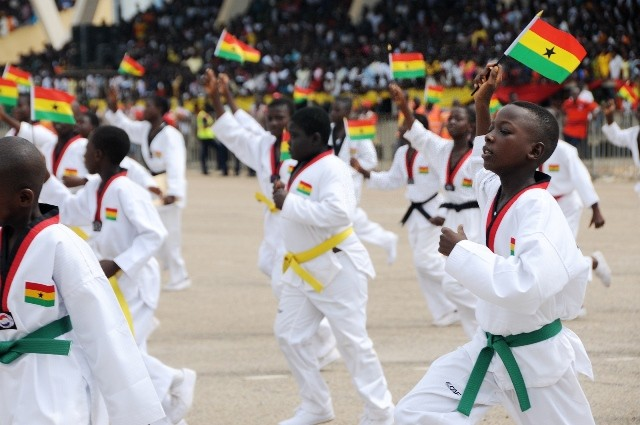 Students perform taekwondo during Ghana's 59 Independence Day celebration at the Independence Square in Accra, capital of Ghana, March 6, 2016. British colony Gold Coast declared her independence on March 6, 1957 and renamed herself Ghana. (Xinhua/Lin Xiaowei)