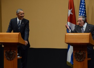 Cuba's President Raul Castro (R) and U.S. President Barack Obama take part during a press conference at the Revolution Palace, in Havana, capital of Cuba, on March 21, 2016. Obama met with Cuban leader Raul Castro for his second day in Havana on Monday. (Xinhua/Joaquin Hernandez) (vf) (sp)