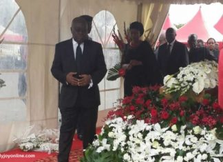 Presidential candidate of the NPP, Nana Addo Dankwa Akufo-Addo paying his last respects - See more at: http://www.myjoyonline.com/politics/2016/April-15th/late-abuakwa-north-mp-jb-danquah-adu-to-be-laid-in-state-today.php#sthash.iypBbLqM.dpuf