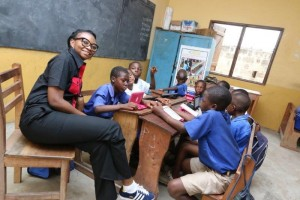 MRS. KEMI OKUSANYA, REGIONAL DIRECTOR, ANGLOPHONE WEST AFRICA INTERACTING WITH PUPILS OF HOHOE PRESBY PRIMARY.jpg21506