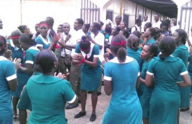 Unpaid Nurses Resume Strike