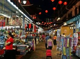 night-market-in-chinatown-singapore