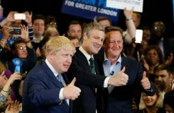 AFP/File / Adrian Dennis Conservative Party London mayoral candidate Zac Goldsmith (C), London Mayor Boris Johnson (L) and Prime Minister David Cameron pose at a mayoral campaign event