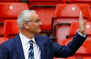 Britain Football Soccer - Manchester United v Leicester City - Barclays Premier League - Old Trafford - 1/5/16 Leicester City manager Claudio Ranieri on the pitch before the game. Reuters / Darren Staples Livepic