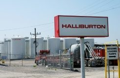 AFP/File / Mira Oberman US oil services companies Halliburton and Baker Hughes have called off their proposed $34.6 billion merger