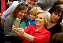 US Democratic presidential candidate Hillary Clinton greets supporters at Transylvania University in Lexington, Kentucky, U.S., May 16, 2016. [Photo/Agencies]