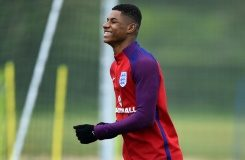 AFP / Ben Stansall Manchester United striker Marcus Rashford takes part in an England training session in Watford, on May 30, 2016