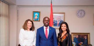 Cynthia Gordon (Left) with Minister of Communications and Tigo Ghana CEO Roshi Motman