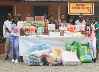 Fella Makafui Donates