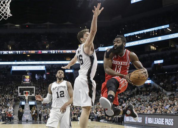 Harden's triple-double leads Rockets past Spurs, 101-99