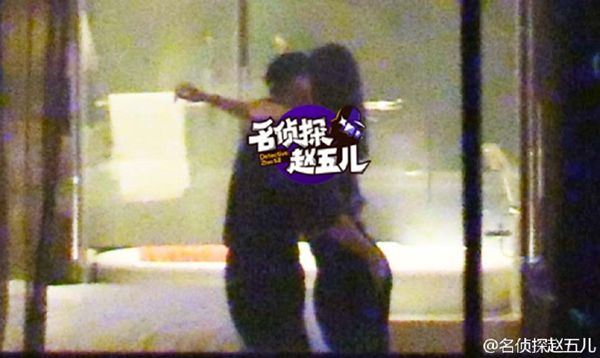 Top Chinese Athlete Caught Cheating on Pregnant Wife With Sexy Model