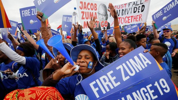 Demonstrators protest in Johannesburg calling for the removal of South African President Jacob Zuma, 7 April 2017