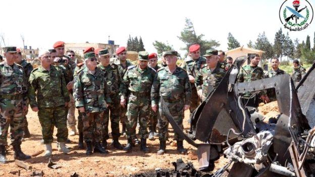 Syrian military oversees damage at Shayrat