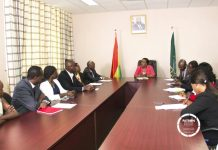 Foreign Minister Meets Kenyan Community