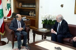 Lebanese President Michel Aoun (left) and Jacques Cheminade.
