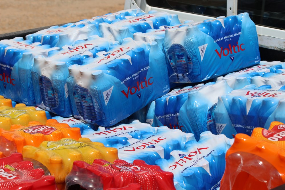 voltic-donates-to-easter-orphan-project-18_1000x667