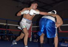 Photo: Dayle Gallagher in action against Daniel Bazo.