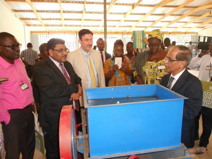 Mr. Birneder Singh, High Commissioner of India (2nd left) and UNIDO Country Representative Mr. Fakhruddin Azizi(3rd) inspecting the neem facility at LIPREC