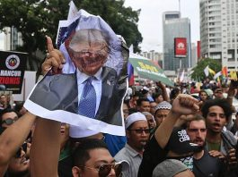 Demonstration outside US embassy in Malaysia against US Palestine policy