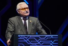 Lech Walesa - guest of honour (Photo - AETOSWire)_1522335841