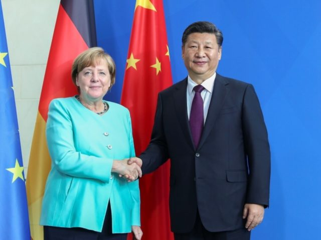 Chinese President Xi Jinping (R) holds talks with German Chancellor Angela Merkel in Berlin, capital of Germany, July 5, 2017. (Xinhua/Xie Huanchi)