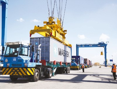 An inland container port constructed by China Communications Construction Company Limited in Nairobi, Kenya starts operation on Dec. 16, 2017. The port will help the Belt and Road Initiative reach the inland of Africa. (Photo by People's Daily)