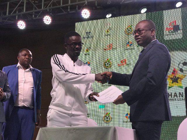 Zylofon Cash boss Nana Appiah Mensah with Kwesi Nyantakyi