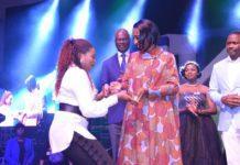 Wife of VP Mrs. Osinbajo presenting the award to Ibidunni Ighodalo